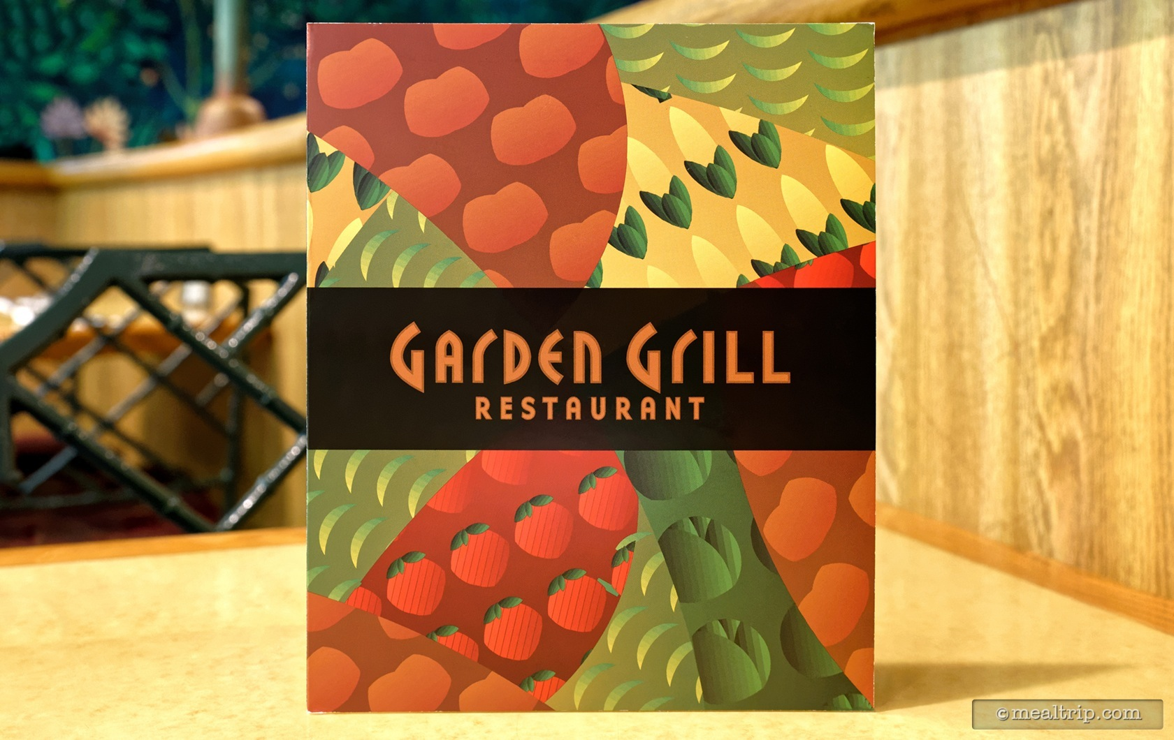 Photo Gallery For The Garden Grill Lunch At Epcot
